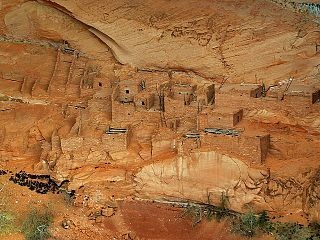 Betatakin_cliff_dwellings_Navajo_national_monument